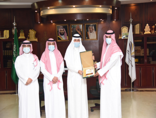 Rector Receives the Annual Report of Wadi Addawasir and Slayel Colleges